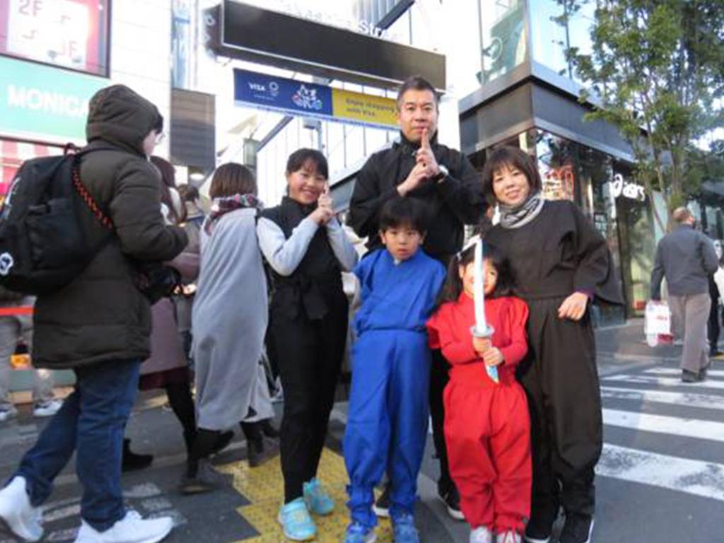 東京の忍者関連施設を忍び装束で散策しよう